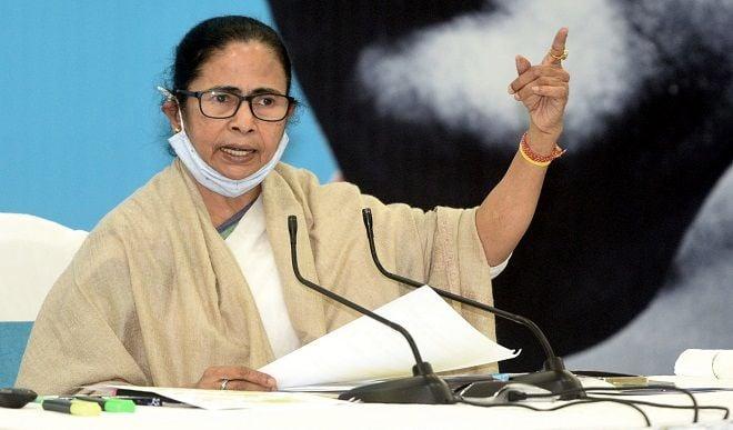 ममता बनर्जी ने शुक्ला को भविष्य की दी शुभकामनाएं, बोलीं- उनका स्वीकार कर लिया है इस्तीफा