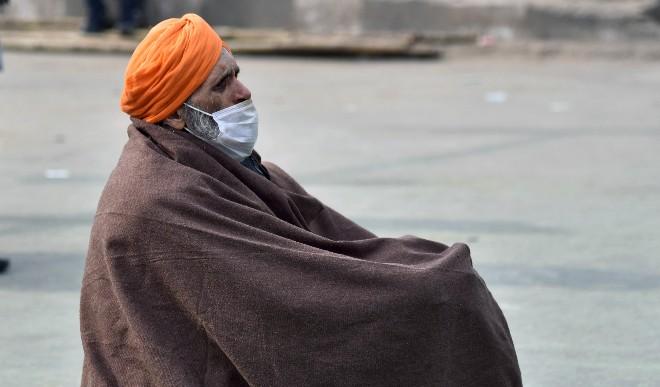 दिल्ली में शीतलहर का प्रकोप, न्यूनतम तापमान 3 डिग्री सेल्सियस पहुंचा