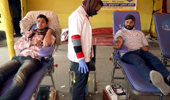 घट रहे कोरोना के मामले, भारत में 24 घंटे में कोविड-19 से सबसे कम 145 लोगों की मौत
