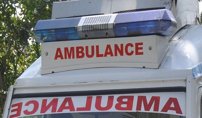 घने कोहरे के बीच कंटेनर से टकराई एंबुलेंस, पांच लोगों की मौत, मुख्यमंत्री ने जताया शोक