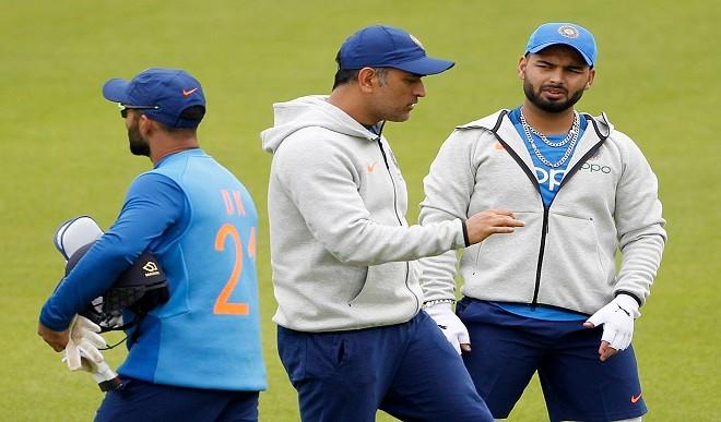 टी20 वर्ल्ड कप: टीम इंडिया के मेंटरशिप के लिए धोनी नहीं लेंगे एक भी पैसा, BCCI ने जताया आभार