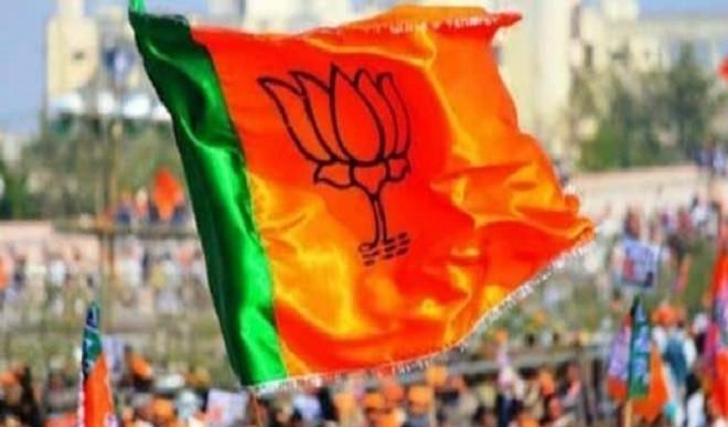 गुजरात विधानसभा चुनाव जीतने के लिए भाजपा की रणनीति, 100 नये चेहरे उतार सकती है मैदान में