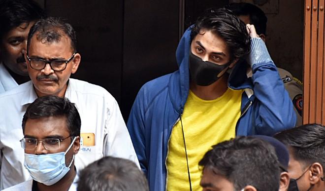 ठोस सबूतों के साथ कोर्ट में आर्यन खान की जमानत याचिका का विरोध करेगी NCB, शाहरुख खान को बेटे की चिंता में नहीं आ रही नींद