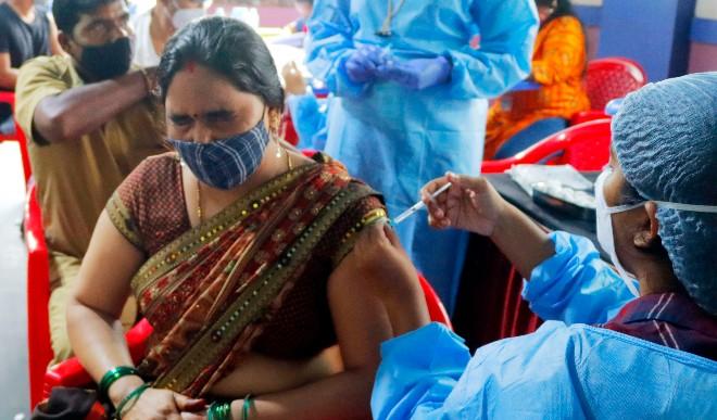 कोरोना टीकाकरण को लेकर इतिहास रचने को तैयार भारत! अब तक 96 करोड़ टीके की खुराक लगाई गईं