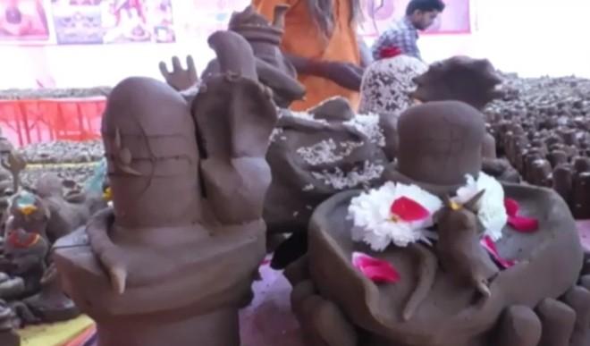 जेल में कैदी हुए भगवान शिव की भक्ति में लीन! बना डाले लगभग 2 करोड़ शिवलिंग