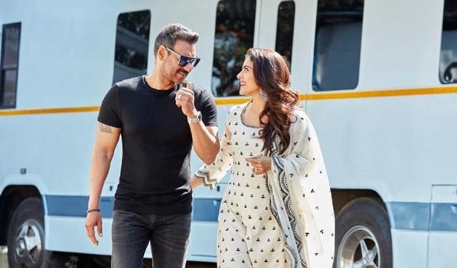 अजय देवगन और काजोल की शादी को पूरे हुए 22 साल, संजय दत्त ने खास अंदाज में किया विश