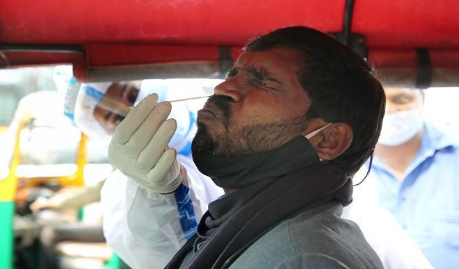 देश में लगातार तीसरे दिन कोरोना के 16 हजार से अधिक मामले दर्ज, 113 मरीजों ने गंवाई अपनी जान
