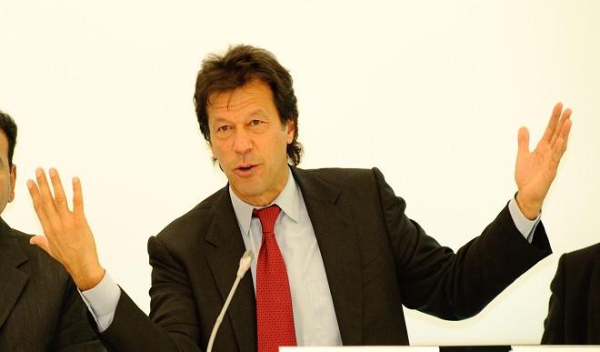 पाकिस्तान में विपक्ष ने इमरान खान की अलोचना की, विश्वास मत को बताया निरर्थक
