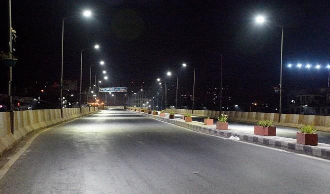 कोरोना के बढ़ते मामलों के बीच दिल्ली सरकार का फैसला, रात 10 से सुबह 5 तक लागू रहेगा नाइट कर्फ्यू