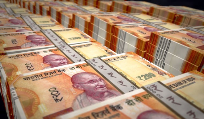 सोने-चांदी की हो रही तेजी से मांग,कल्याण ज्वैलर्स की भारतीय कारोबार से आय 60% बढ़ी