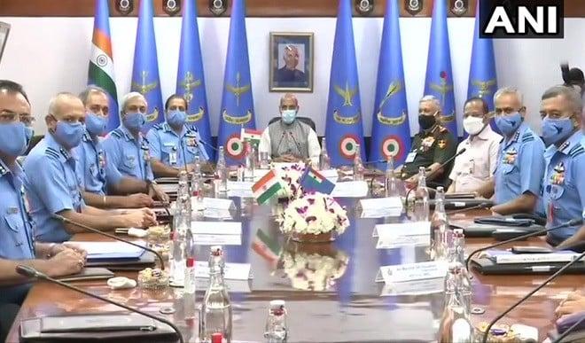 वायुसेना के कमांडरों का तीन दिवसीय सम्मेलन शुरू, देश के सुरक्षा परिदृश्य की समीक्षा की