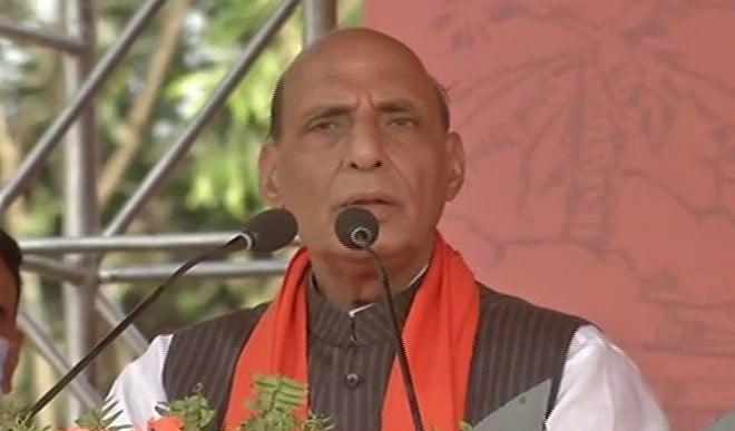 रक्षा मंत्री ने सेना और DRDO प्रमुख से की बात, कहा- संकट के समय नागरिकों को उपलब्ध हो सभी सुविधा