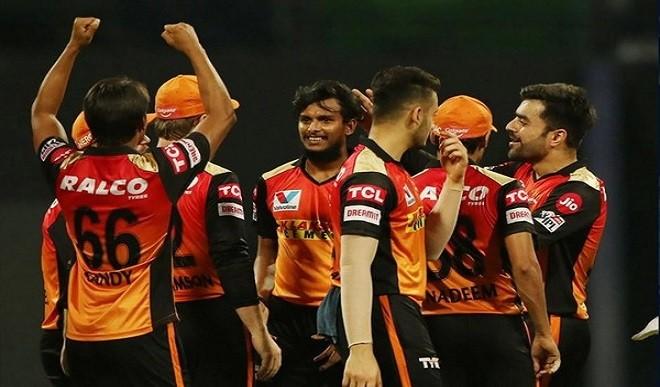 सनराइजर्स हैदराबाद को लगा बड़ा झटका, नटराजन IPL से हुए बाहर