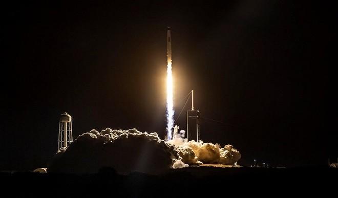 SpaceX ने एक साल के भीतर तीसरी बार भेजा मानवयुक्त अंतरिक्ष यान
