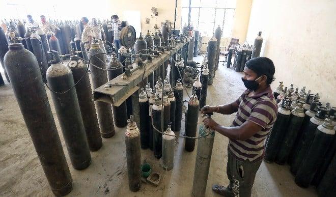 भारत में कोविड संकट के बीच सेवा इंटरनेशनल 400 ऑक्सीजन सिलेंडर भेजेगा