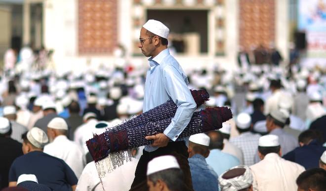 इस साल भी फीकी रही ईद, कोरोना महामारी के कारण बंद रहे मस्जिदें