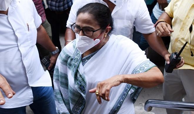 नारद मामले में गिरफ्तार बंगाल के दो मंत्रियों समेत चार नेताओं को मिली जमानत