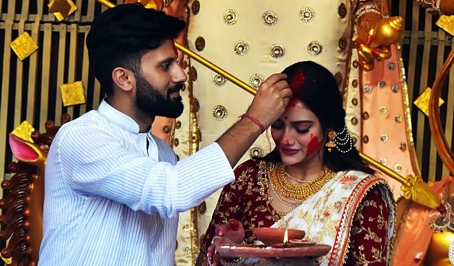 नुसरत जहां ने अपनी टूटती शादी पर दिया बयान, बोलीं- भारत में निखिल से शादी 'वैध' नहीं तो फिर तलाक कैसा