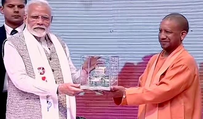 दिल्ली दौरे पर योगी आदित्यनाथ, प्रधानमंत्री नरेंद्र मोदी से करेंगे मुलाकात