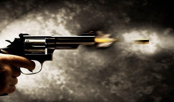 अमेरिका के तीन राज्यों में गोलीबारी की घटनाओं में दो लोगों की मौत, 30 घायल