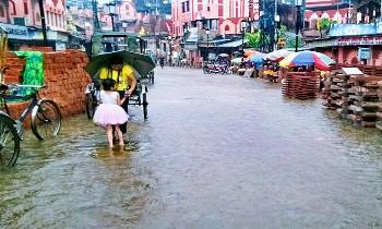 वाराणसी के लोगों को मिली गर्मी से राहत
