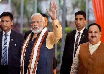 जम्मू-कश्मीर में तेज़ हुई राजनीतिक हलचल, क्या फिर कुछ बड़ा करने की तैयारी में है मोदी सरकार?