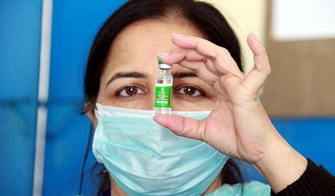 टीकाकरण अभियान की गति और तेज होने से अर्थव्यवस्था भी जल्द ही पटरी पर लौटेगी