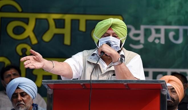सिद्धू से घमासान, बार-बार दिल्ली बुलाए जाने से परेशान, कैप्टन कर सकते हैं अलग पार्टी बनाने का ऐलान?