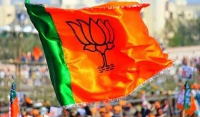 बाहरियों को पार्टी में शामिल करने से कई राज्यों में भाजपा के समक्ष खड़ी हो रही हैं चुनौतियाँ