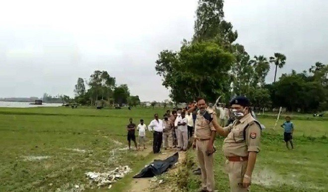 गोरखपुर में 39 वर्षीय युवक की मिली तैरती हुई लाश, मौके पर पहुंची पुलिस
