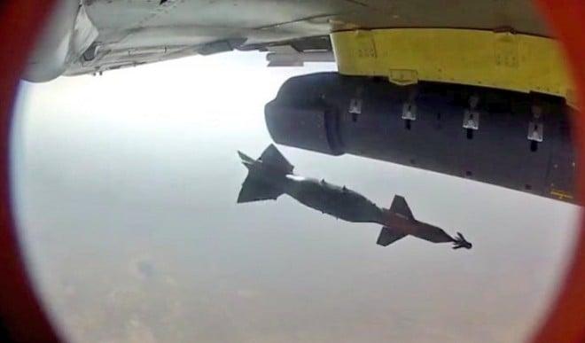 पकड़ी गई चीन की चोरी ! भारत के लड़ाकू विमान 'तेजस' के जरिए दिखा रहा था अपनी ताकत, बाद में वीडियो किया डिलीट