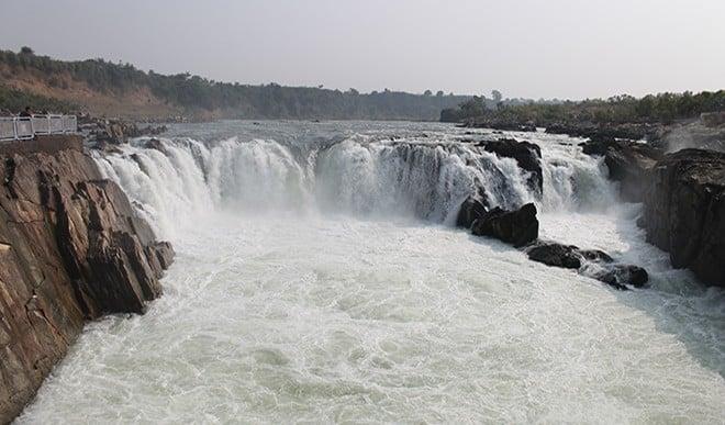 जाबालि ऋषि की तपोभूमि जबलपुर में पर्यटकों के देखने के लिए बहुत कुछ है