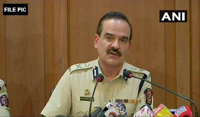पूर्व पुलिस कमिश्नर परमबीर सिंह के खिलाफ FIR दर्ज, रंगदारी मांगने का लगा आरोप