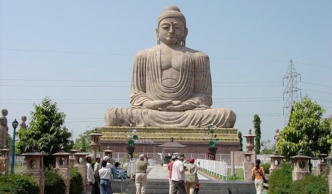 बिहार जा रहे हैं तो बोधगया की इन जगहों पर घूमना न भूलें