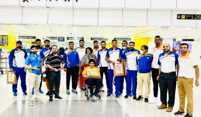 देवेंद्र झाझरिया सहित 12 सदस्यीय भारतीय दल टोक्यो पैरालिंपिक के लिए रवाना